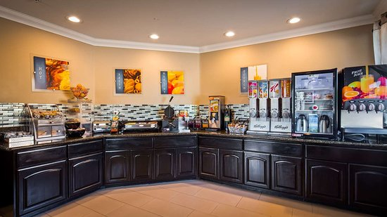 Best Western Willows Inn: Breakfast Bar