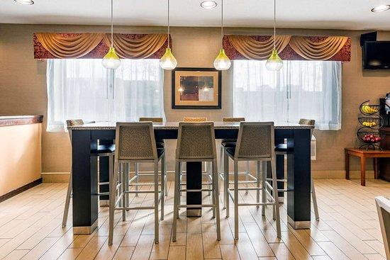 Best Western Des Plaines Inn: Bkfast