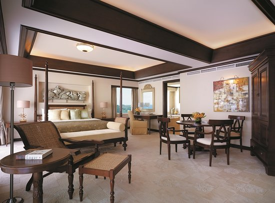 Shangri-La's Mactan Resort & Spa: Ocean Wing Presidential Suite