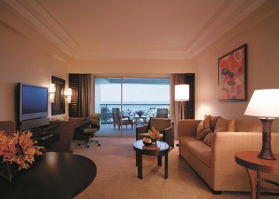 Shangri-La's Mactan Resort & Spa: Ocean Wing Panorama Suite