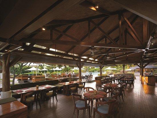 Shangri-La's Mactan Resort & Spa: Buko Bar