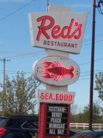 West Coxsackie, NY: Red's