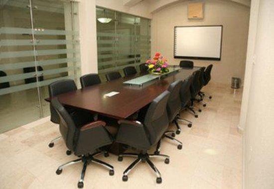 Best Western Hotel Poza Rica: Meeting Facilities