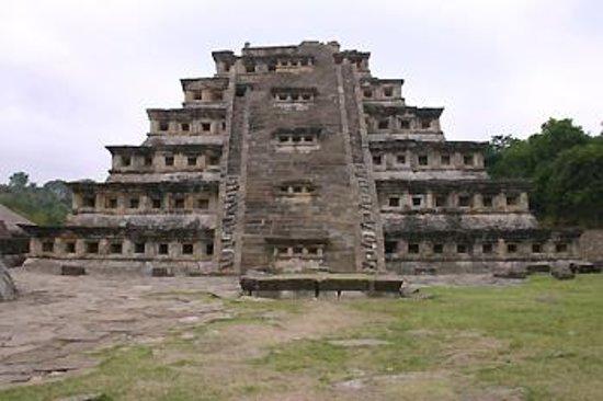 Best Western Hotel Poza Rica: Nichos Pyramid