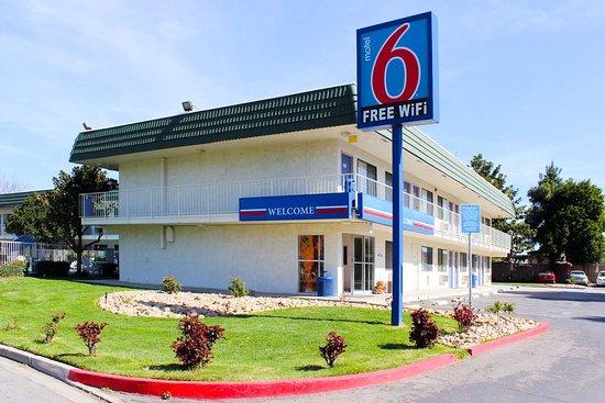 Motel 6 King City: exterior
