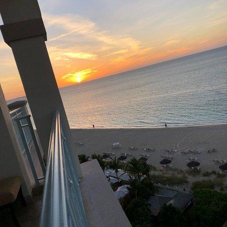 Seven Stars Resort & Spa: Seven Stars: Views, Drinks, Food