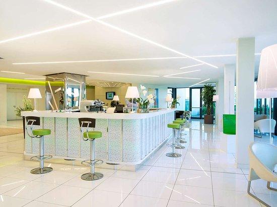 Hotel ibis Styles Milano Melegnano: Bar Lounge