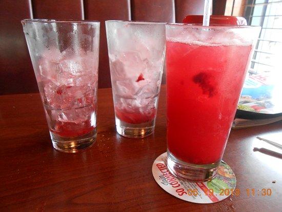 Ruby Tuesday: raspberry drink endless 4 bucks