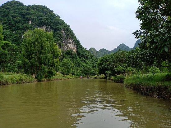 Hoa Lu - Mua Cave - Tam Coc - Bich Dong - Biking and Boat Day Trip from Hanoi: Still
