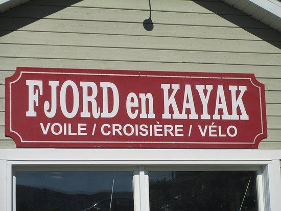 Fjord en kayak: One stop shopping.