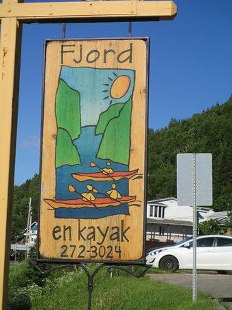 Fjord en kayak: Their phone number!