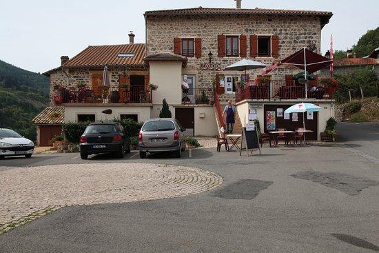 Le Bouchon en Beaujolais: Le Bouchon au complet.