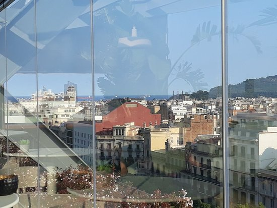 Hotel Royal Passeig de Gracia: The views from the terrace