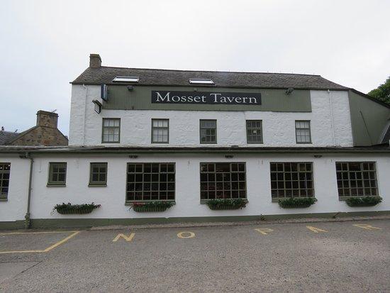 Mosset Tavern: Exterior view