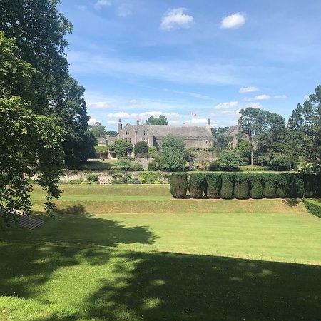 Dartington Hall Estate and Gardens Resmi