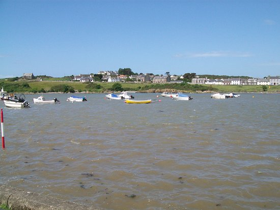 Isle of Whithorn, UK: view from outside steampacket inn
