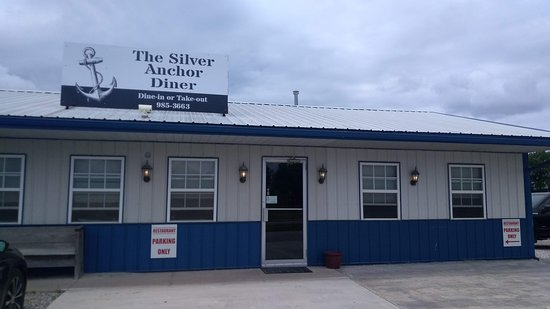 The Silver Anchor: Silver Anchor Diner exterior