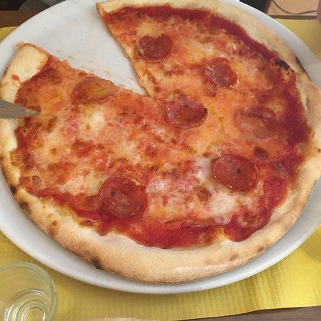 Pizzeria la nonna papera santa maria degli angeli ristorante recensioni numero di telefono - Pizzeria la nonna ...