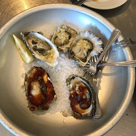 Изображение Santa Rosa Seafood Raw Bar & Grill