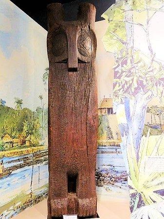 Fort Caroline National Memorial: inside visitor center - owl totem