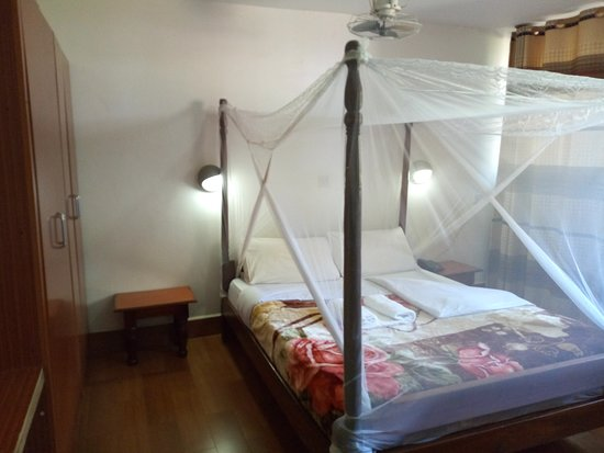Entebbe Flight Motel: Single Room