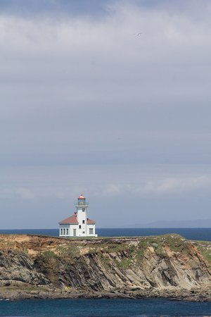 Coquille River Lighthouse: Coquille River (Bandon) Lighthouse