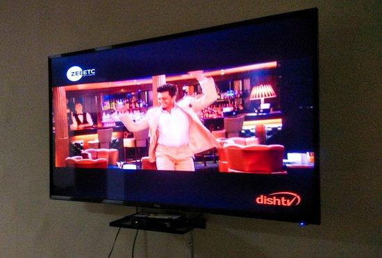 The Desire Hostel: Coomon Area with Smart TV