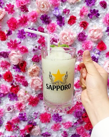 Spring Sushi: Lychee Mojito - Flower Wall on the Patio!