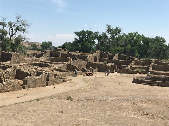 Aztec, NM: Overview of ruins