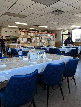 Comet II Drive In & Restaurant: Lunch