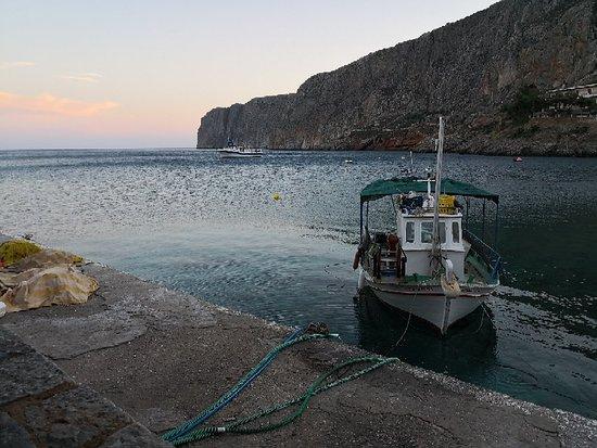 Gerolimenas, اليونان: IMG_20180622_204659_large.jpg
