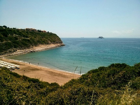 Ai Helis Beach