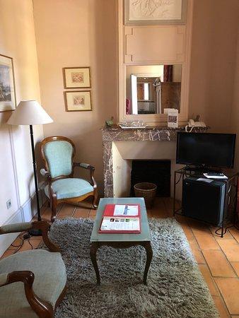 Château de Roussan: Single room, sitting area
