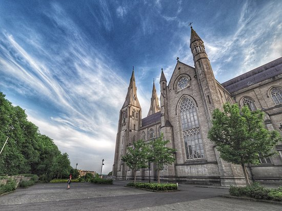 St. Patrick's Cathedral (Roman Catholic)