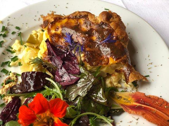 Restaurant If: Tourte au rollot (fromage picard)