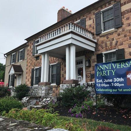 Historic Smithton Inn: photo0.jpg