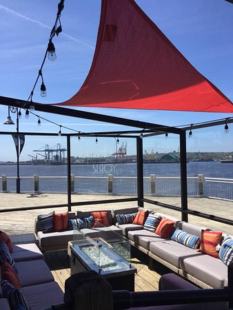 York Bistro + Pub: Come on over to the YORK bistro for some bevies and take in our stunning harbour view! 