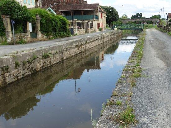 Saint-Capraise-de-Lalinde照片