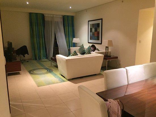 Hilton Dubai The Walk: Lounge