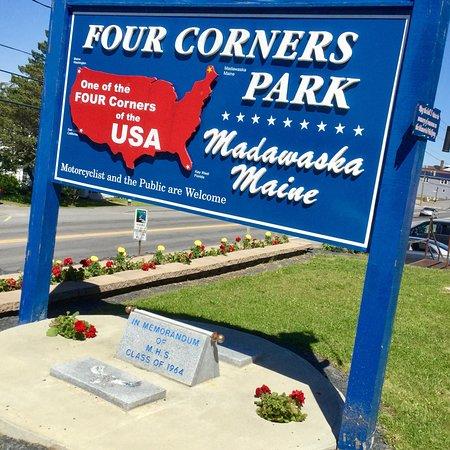 Madawaska Four Corners Park 사진