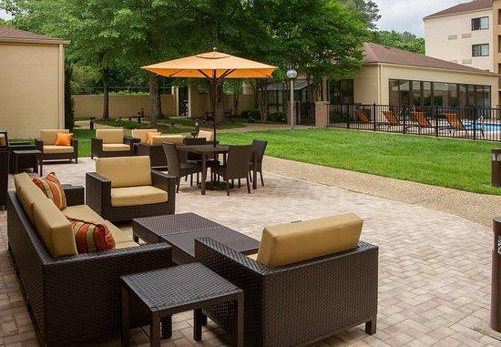 Courtyard by marriott williamsburg busch gardens area 118 - Williamsburg va hotels near busch gardens ...