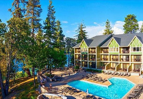 Lake Arrowhead, CA: Exterior