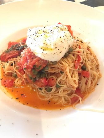 It's Italia: The capellini pomodoro is really good