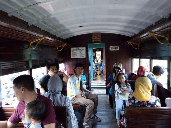 Pemandangan Kereta Wisata Ambarawa Tuntang Picture Of
