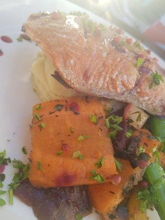 The Boardwalk Restaurant: 20180623_201206_large.jpg