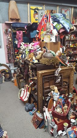 Treasure Aisles Antique Mall