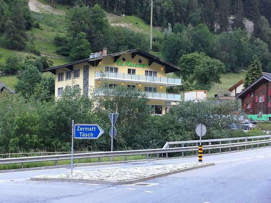St. Niklaus, Switzerland: IMG_20180618_193900_large.jpg