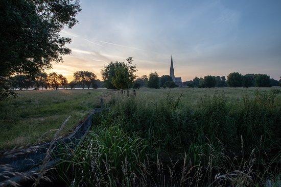 Harnham Water Meadows: Sunrise across the meadows