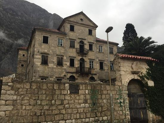 Sista minuten-hotell i Dobrota
