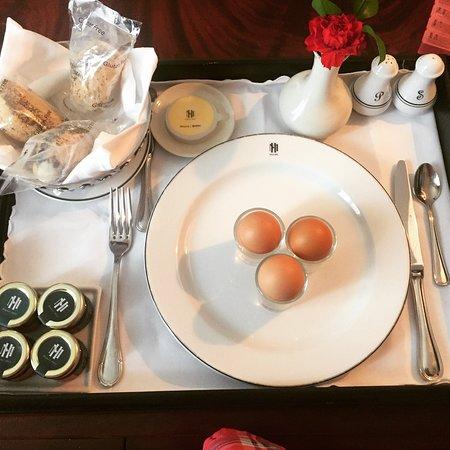 Sofitel Legend Metropole Hanoi: Gluten-free Room Service